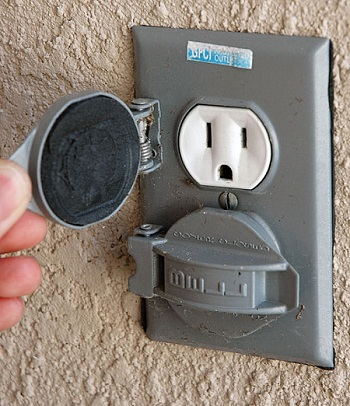 Outdoor Electrical Outlet