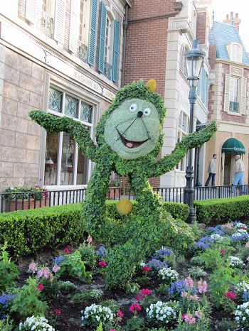 Cogsworth Topiary Epcot International Flower and Garden Festival